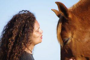 bg-educacao-assistida-por-cavalos